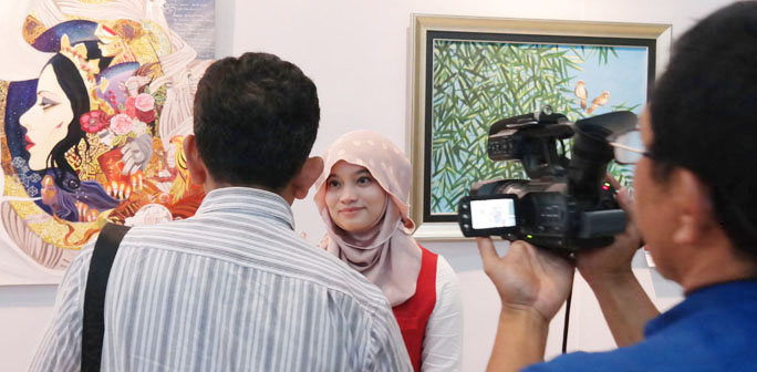 dechapoe_news_my_painting_maipa_deapati_at_ikatan_wanita_pelukis_indonesia_jatim_exhibition_06